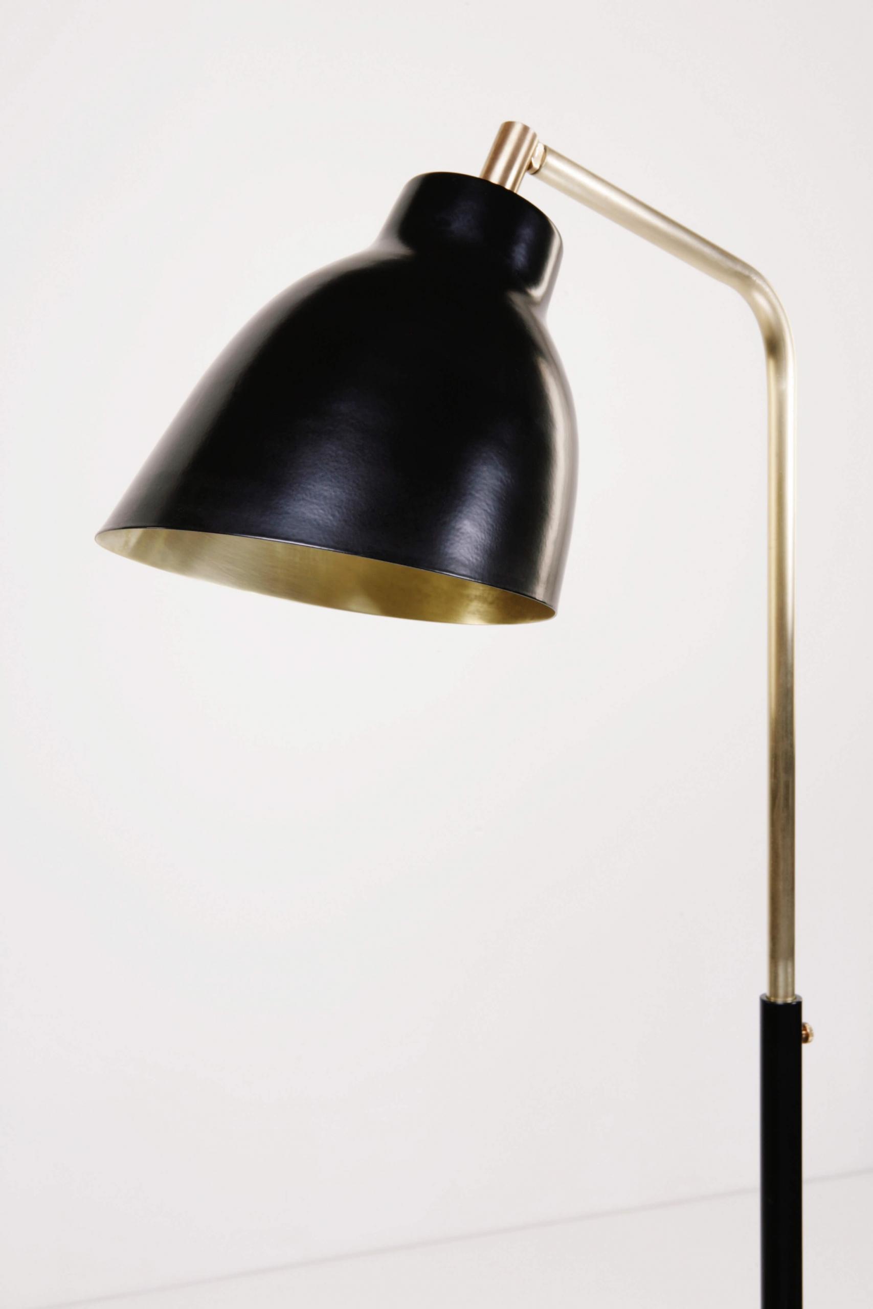 Atelier de Troupe - RTS – Navire Floor Lamp