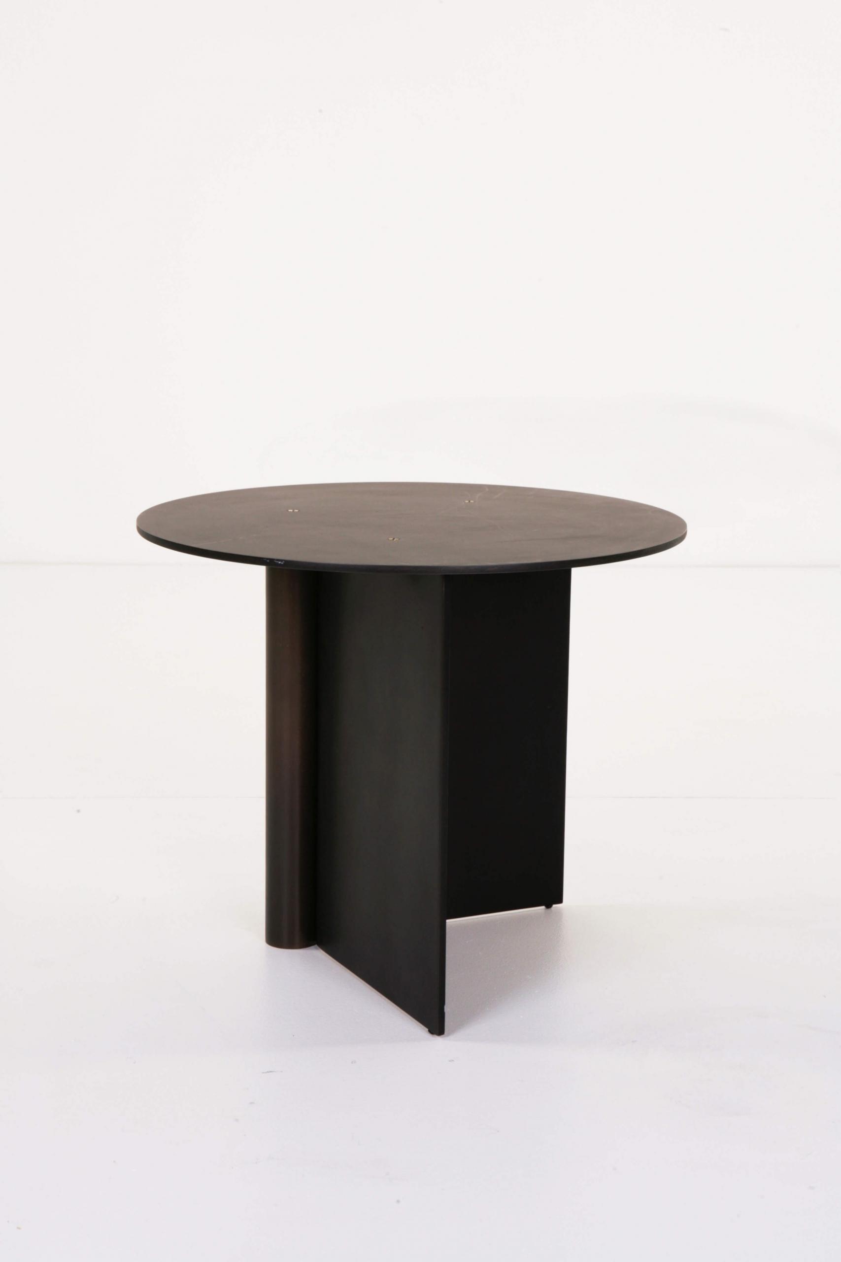 Atelier de Troupe - Os Table