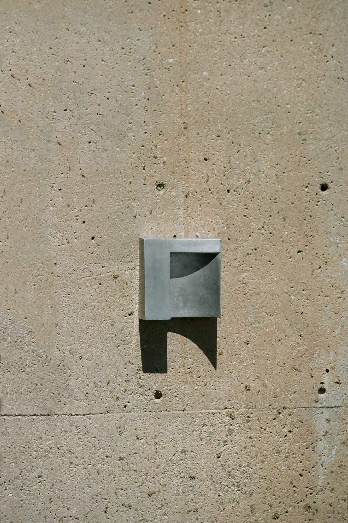 Atelier de Troupe - Angle Sconce
