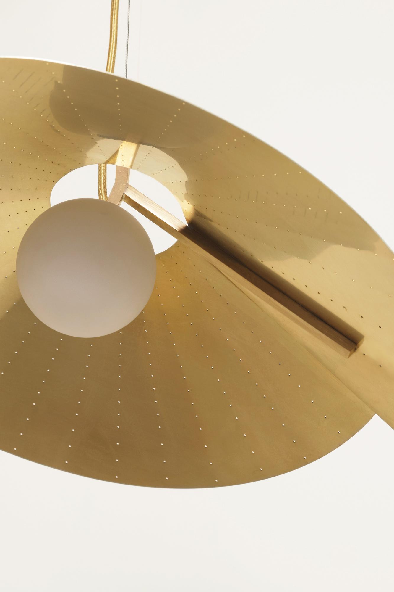 Atelier de Troupe - Compas Brass Pendants