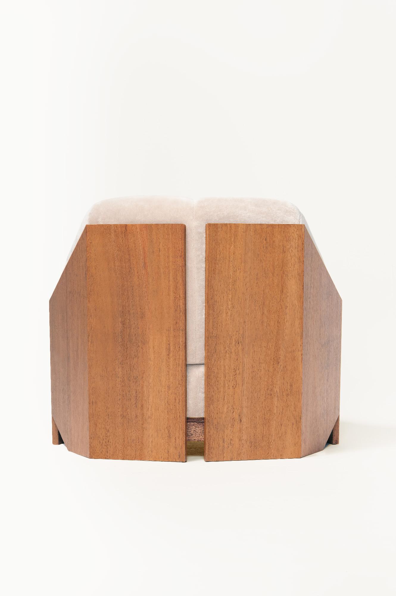 Atelier de Troupe - NEW – Château Chair
